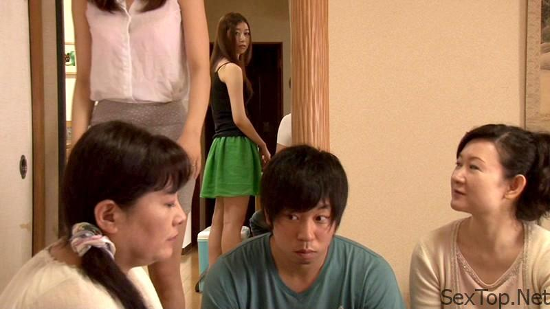 sw-206-young-wife-sex-neighborhood-1