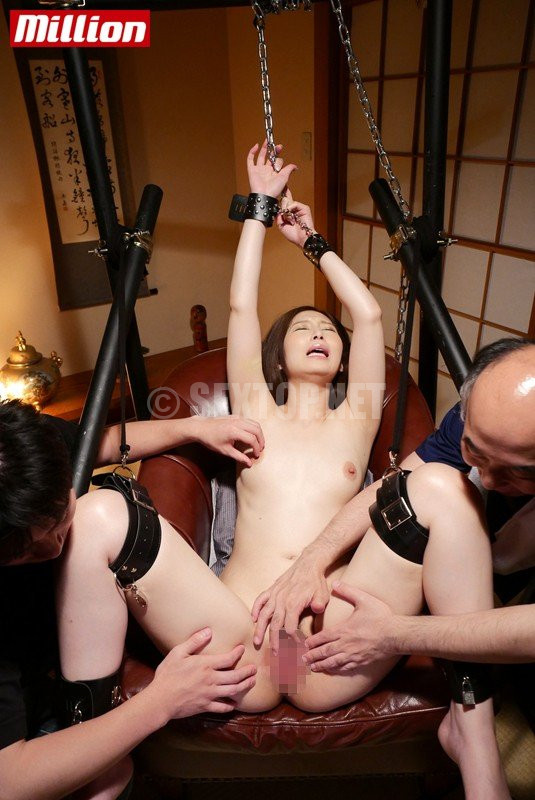 AVOP-270 Aki Sasaki Beautiful Wife SEX Slaves 12