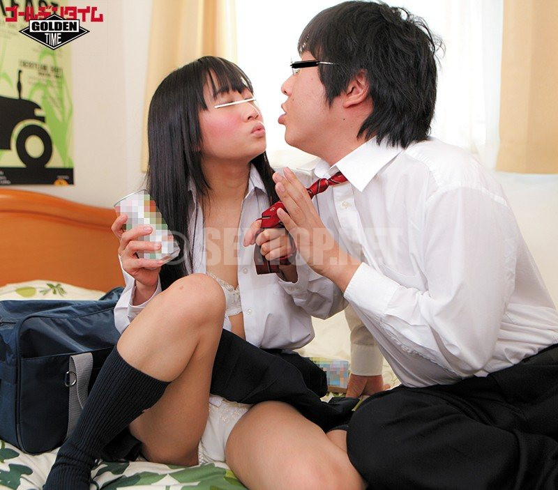 gdhh 038 school girls drink in the home 16
