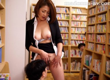 JUY-142 Maki Tomoda Temptation Teacher